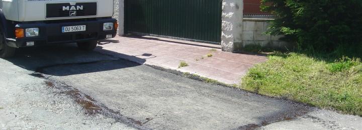 Misturas executa os traballos de reparación da rede viaria de Ferrol