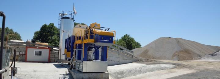 Misturas compra en Allariz a parcela na que está instalada a súa planta de aglomerado asfáltico en frío